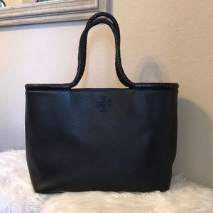 New- Tory Burch Taylor Tote Black